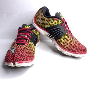 Brooks Pure Connect 4 women's running shoes sz8